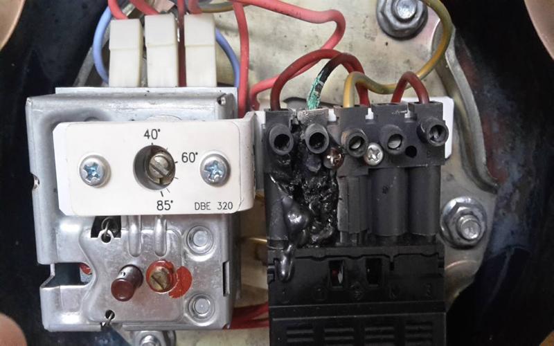 Anschluss Elektroboiler